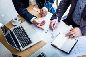 Roles de un buen asesor financiero